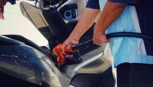 Consumo de combustível da sua moto: aprenda a calcular para economizar